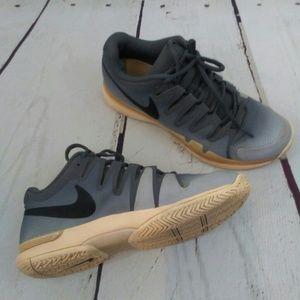 buy popular 41ce3 4da1e Nike Zoom Vapor 9.5 Tour Women s Tennis Shoe Sz 11. NWT.  85  0. Size  11 ·  Nike · mikecooldeals mikecooldeals. 2. Nike
